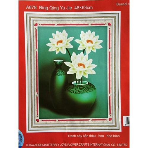 Tranh thêu bình hoa sen trắng -48x63cm