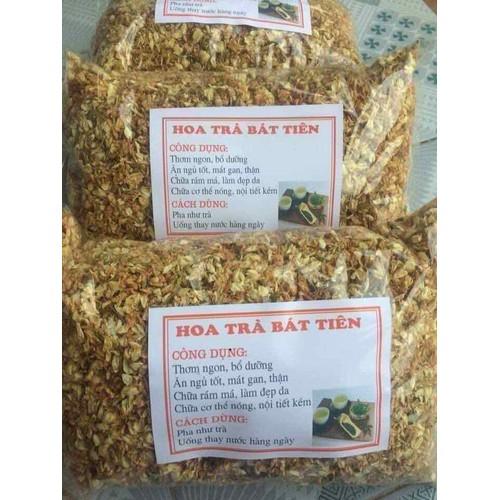 Hoa trà thơm  bát tiên