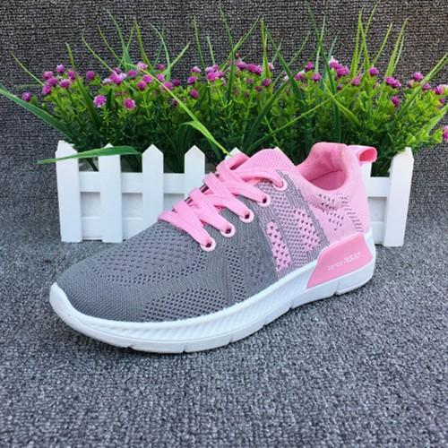 Giày thể thao r7 hot hit trẻ trung năng động dành cho các bạn nữ xinh đẹp