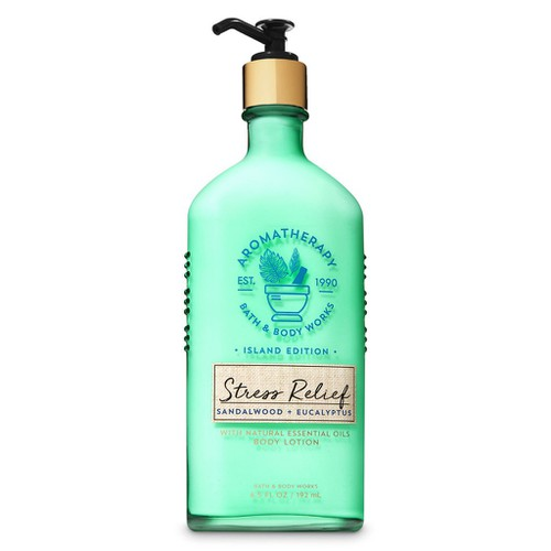 [Auth - có quà] sữa dưỡng thể thư giãn tress relief sandalwood + eucalytus - bath and body works 192 ml  ®