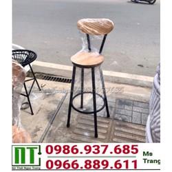 ghế bar cao khung sắt mặt gỗ thanh lý