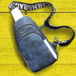 Túi đeo chéo thời trang và tiện ích với cổng sạc USB - Xanh & Nâu - Ken Store