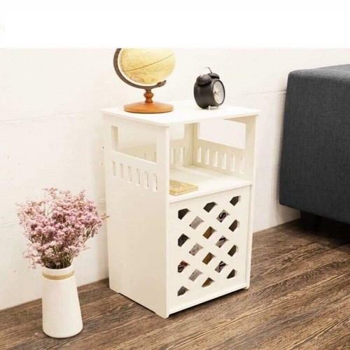 Kệ gỗ trang trí để đầu giường