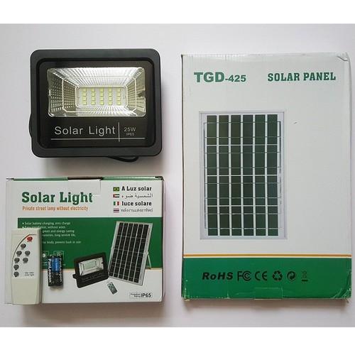 Đèn pha led năng lượng mặt trời - bảo hành 24 tháng - công suất 25w