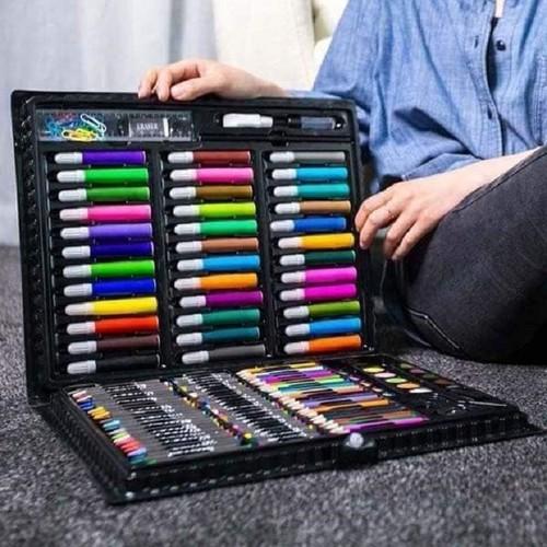 Bút chì màu - bút chì màu