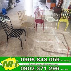 Ghế sắt hoa văn đủ màu Nguyễn Hoàng