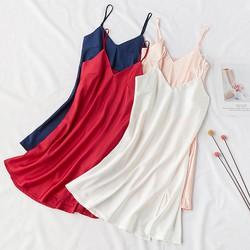 Váy ngủ lụa satin hai dây vạt xẻ tà gợi cảm hàng nhập cao cấp