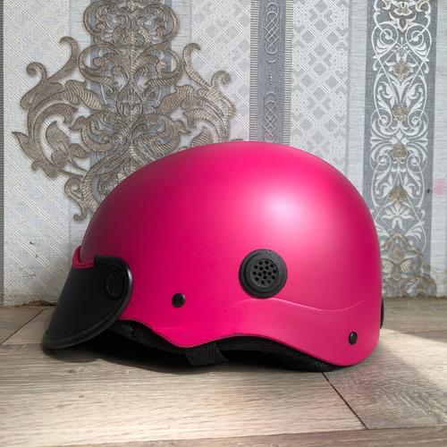 Mũ bảo hiểm thời trang – đủ màu – vòng đầu 50-60cm – khách được kiểm tra sản phẩm trước khi nhận