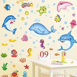 tranh dán tường cho bé đàn cá nhỏ