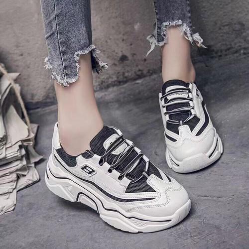 Giày thể thao nữ phong cách hàn quốc độn đế hot trend