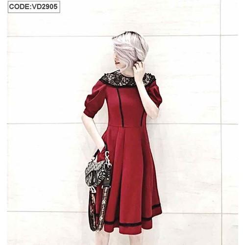 Đầm xoè đỏ phối ren