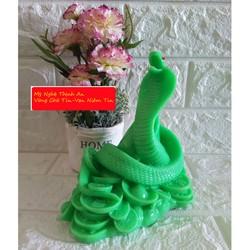 Tượng Đá Trang Trí Rắn cuộn vàng Phong Thủy - Cao 16cm - Màu xanh ngọc