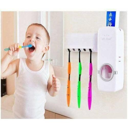 Dụng cụ lấy kem đánh răng tự động touch me