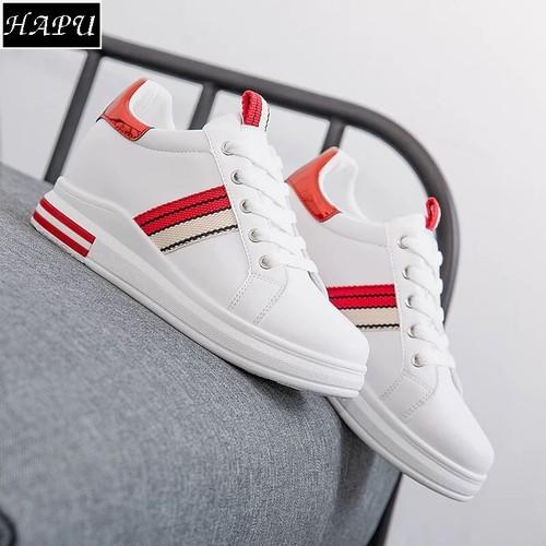 Giày sneạker nữ độn đế đẹp sọc chéo hông, gót da bóng hapu trắng đỏ, trắng đen - 17071145 , 21988831 , 15_21988831 , 329000 , Giay-sneaker-nu-don-de-dep-soc-cheo-hong-got-da-bong-hapu-trang-do-trang-den-15_21988831 , sendo.vn , Giày sneạker nữ độn đế đẹp sọc chéo hông, gót da bóng hapu trắng đỏ, trắng đen