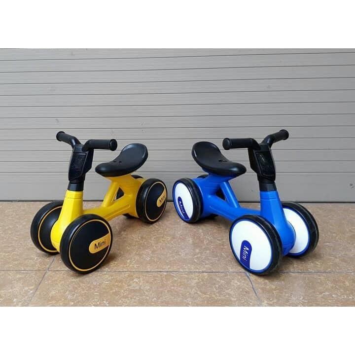Xe chòi chân thăng bằng Mini Bike có nhạc va đèn cho Bé