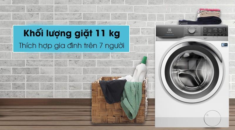 Máy giặt Electrolux Inverter 11 kg EWF1142BEWA - Khối lượng giặt 11 kg, thích hợp cho gia đình hơn 7 người
