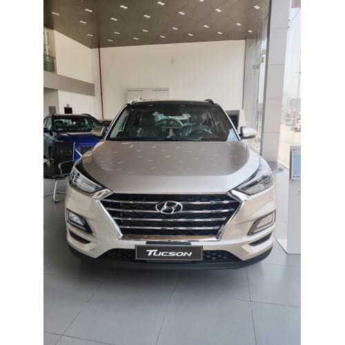 Hyundai tucson facelift 2019 mới - giảm giá sâu - cam kết giá tốt nhất toàn hệ thống - 13042259 , 21073733 , 15_21073733 , 770000000 , Hyundai-tucson-facelift-2019-moi-giam-gia-sau-cam-ket-gia-tot-nhat-toan-he-thong-15_21073733 , sendo.vn , Hyundai tucson facelift 2019 mới - giảm giá sâu - cam kết giá tốt nhất toàn hệ thống