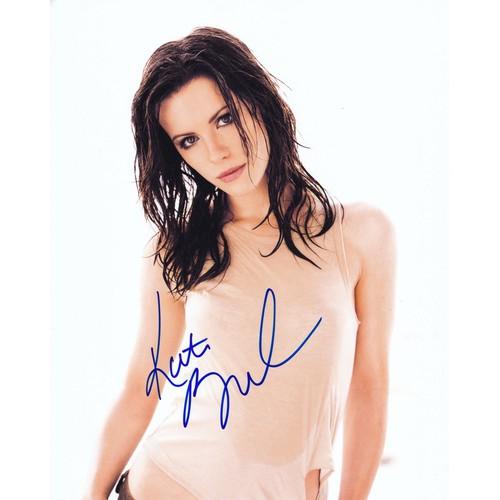Chữ ký tay của kate beckinsale 20x25cm