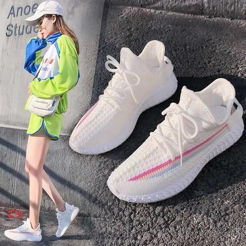 Giày đổi màu siêu đẹp ra nắng đổi màu đế nhựa trong