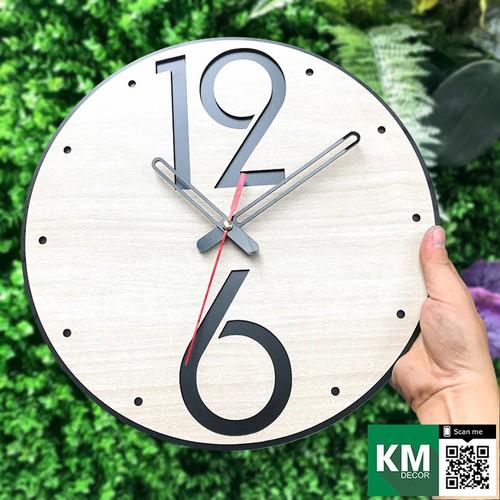 Đồng hồ treo tường mang phong cách hiện đại sản phẩm trang trí bằng gỗ cắt laser kmdh02