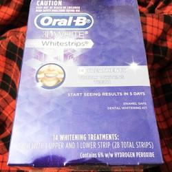 Miếng dán trắng răng Oral-B 28 Miếng 14 Ngày