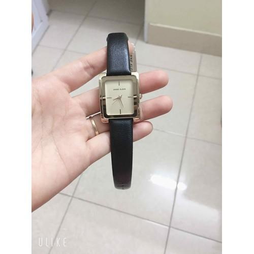 Đồng hồ nữ dây da ak2076