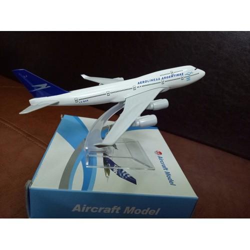 Mô hình máy bay aerolineas argentinas b747 16 cm