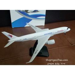 MÔ HÌNH MÁY BAY TĨNH AIRBUS A350 CHINA EASTERN 20CM CÓ BÁNH XE