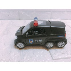Xe sắt mô hình dùng pin- Xe cảnh sát