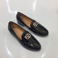 Giày tây nam da bóng đai kim loại vàng lịch lãm phong cách may đế hàng cao cấp giá rẻ Vina Store