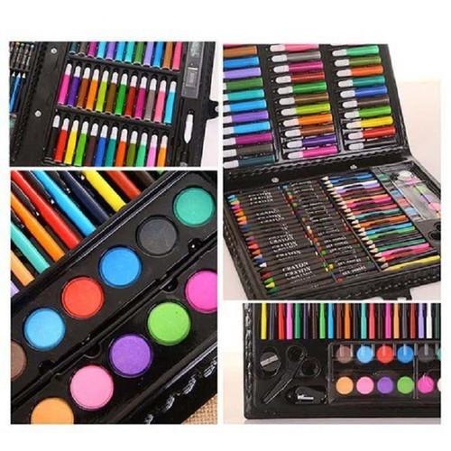 Hộp bút tô màu
