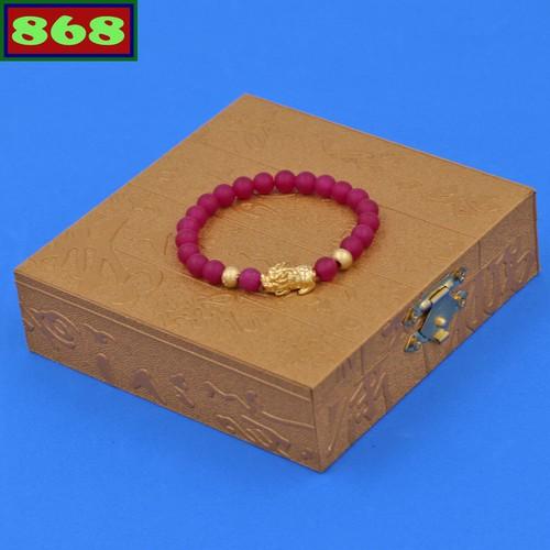 Vòng tay thạch anh hồng mờ 6 ly tỳ hưu inox vàng vtahmthhbv6 hộp gỗ