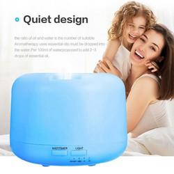 Tặng resmost - máy xông tinh dầu , máy khuyếch tán tinh dầu , máy phun sương tạo độ ẩm trụ trong 300ml- đèn led 7 màu