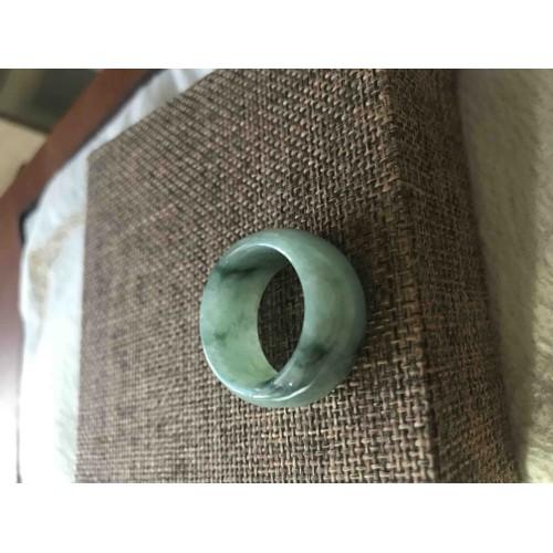 Chiếc nhẫn cẩm thạch a hẹ tự nhiên ni 20 bản to nam đeo rất đẹp 400k. - 17376590 , 20598990 , 15_20598990 , 400000 , Chiec-nhan-cam-thach-a-he-tu-nhien-ni-20-ban-to-nam-deo-rat-dep-400k.-15_20598990 , sendo.vn , Chiếc nhẫn cẩm thạch a hẹ tự nhiên ni 20 bản to nam đeo rất đẹp 400k.
