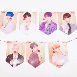 BTS treo cờ mới album trở lại