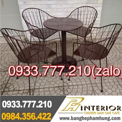 Bàn ghế cafe sân vườn thanh lý