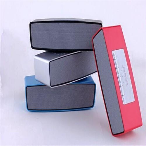 Loa bluetooth thiết kế hộp vuông giá rẽ bất ngờ