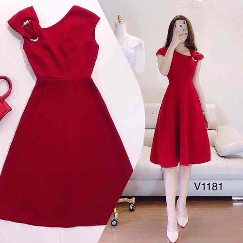 Đầm xoè đỏ