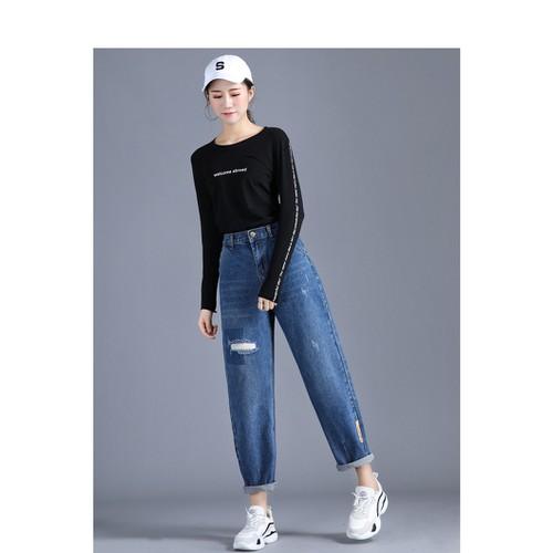 Quần jean nữ rách form rộng kiểu dáng năng động