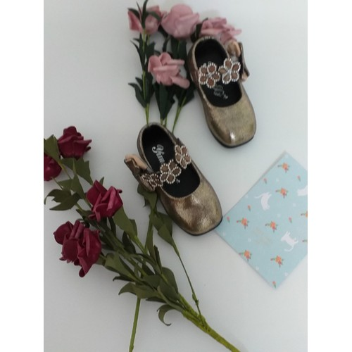 Giày búp bê cho bé gái quai hoa hàng quảng châu da mềm - 19315132 , 21652163 , 15_21652163 , 89000 , Giay-bup-be-cho-be-gai-quai-hoa-hang-quang-chau-da-mem-15_21652163 , sendo.vn , Giày búp bê cho bé gái quai hoa hàng quảng châu da mềm