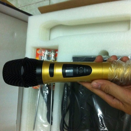 Mic karaoke siêu đẹp ko dây sh-2 mic giá rẽ bất ngờ - 16994239 , 21680397 , 15_21680397 , 759000 , Mic-karaoke-sieu-dep-ko-day-sh-2-mic-gia-re-bat-ngo-15_21680397 , sendo.vn , Mic karaoke siêu đẹp ko dây sh-2 mic giá rẽ bất ngờ
