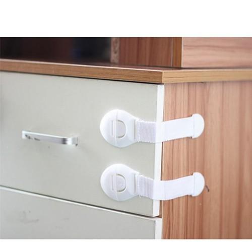 Combo 2 khóa an toàn ngăn kéo, khóa cửa tủ lạnh cho bé - 13447753 , 21702937 , 15_21702937 , 15000 , Combo-2-khoa-an-toan-ngan-keo-khoa-cua-tu-lanh-cho-be-15_21702937 , sendo.vn , Combo 2 khóa an toàn ngăn kéo, khóa cửa tủ lạnh cho bé
