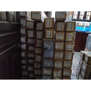 Màn chiếu treo tường 2m05 x 1m52 100 inch - MNS100VWP thumbnail