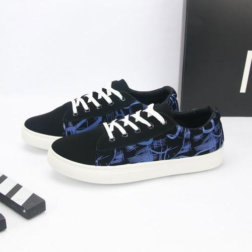 Giày thể thao nam đen họa tiết xanh hn372 shop hân nhi chuyên giày sneaker nam