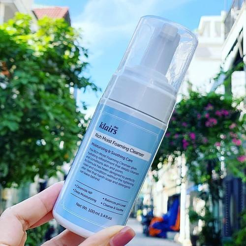 Sữa rửa mặt dạng bọt dưỡng ẩm da klairs rich moist foaming cleanser - 16995775 , 21924449 , 15_21924449 , 222000 , Sua-rua-mat-dang-bot-duong-am-da-klairs-rich-moist-foaming-cleanser-15_21924449 , sendo.vn , Sữa rửa mặt dạng bọt dưỡng ẩm da klairs rich moist foaming cleanser