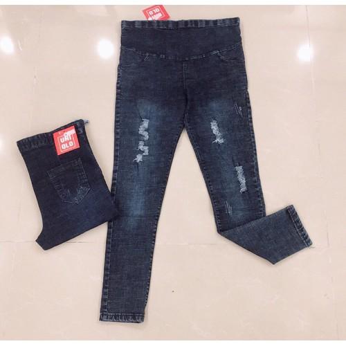 Quần jeans bầu dạo phố