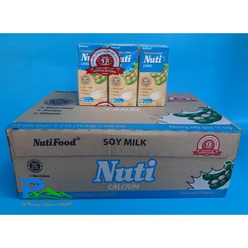 Sữa đậu nành nuti canxi - combo 3 lốc - 18 hộp x 200ml - 19404815 , 22001549 , 15_22001549 , 66000 , Sua-dau-nanh-nuti-canxi-combo-3-loc-18-hop-x-200ml-15_22001549 , sendo.vn , Sữa đậu nành nuti canxi - combo 3 lốc - 18 hộp x 200ml