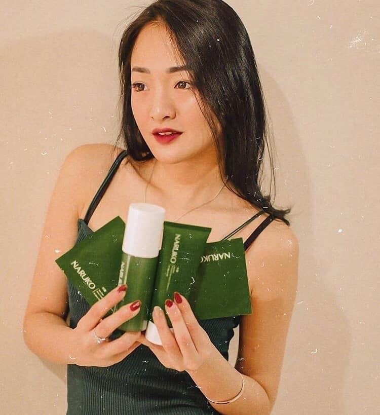 Gel TẨY TỂ BÀO CHẾT Naruko Tea Tree Shine Control & Blemish Clear Peeling,  giá chỉ 220,000đ! Mua ngay kẻo hết!   Store.SaleZone.Vn
