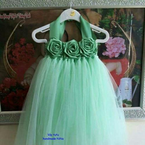 Váy xinh xắn ngọt ngào cho bé