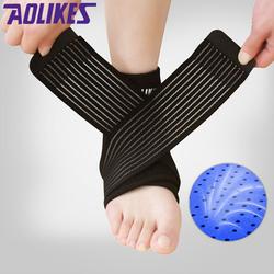 Đai bảo vệ cổ chân bóng đá